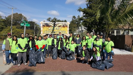 PMHS Students Take Part in River Cleanup
