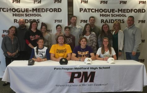 Pat-Med Students & Families Celebrate Signing
