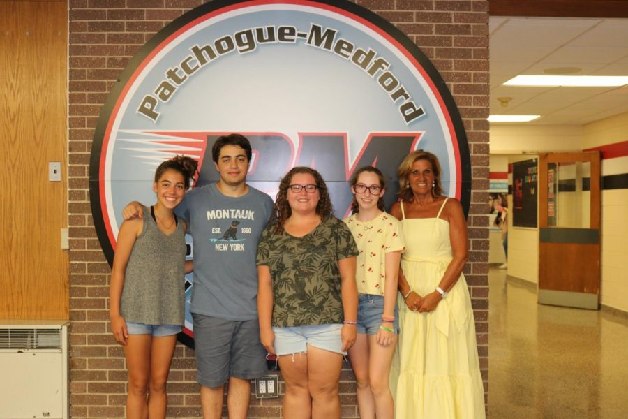 General Organization (G.O.) officers with co-advisor, Mrs. Goldfader (not pictured: co-advisor Mrs. Romani)