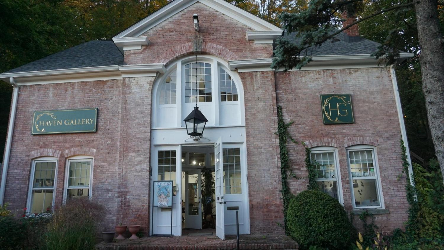 Located in the historic Carriage House Square in downtown Northport, Haven Art Gallery is home to works of art by local artists.
