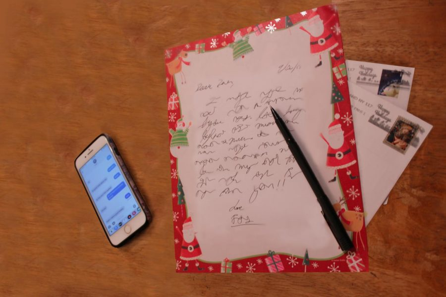 What+ever+happened+to+writing+letters%3F+Text+messages+have+all+but+destroyed+a+long+tradition+of+hand-written+letters+for+all+occasions.+
