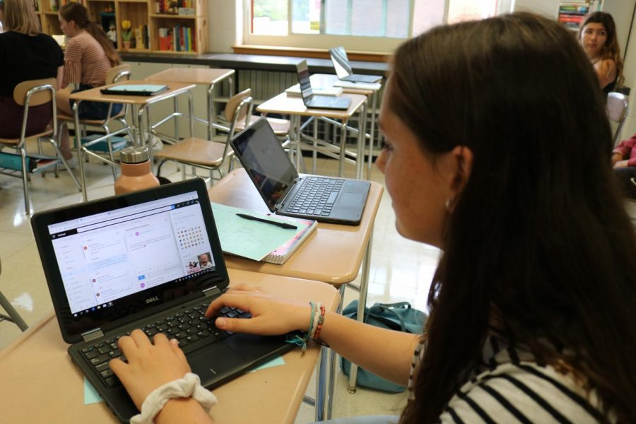 Gail, a sophomore, is using her pmschools account and the advantages that come along with it.
